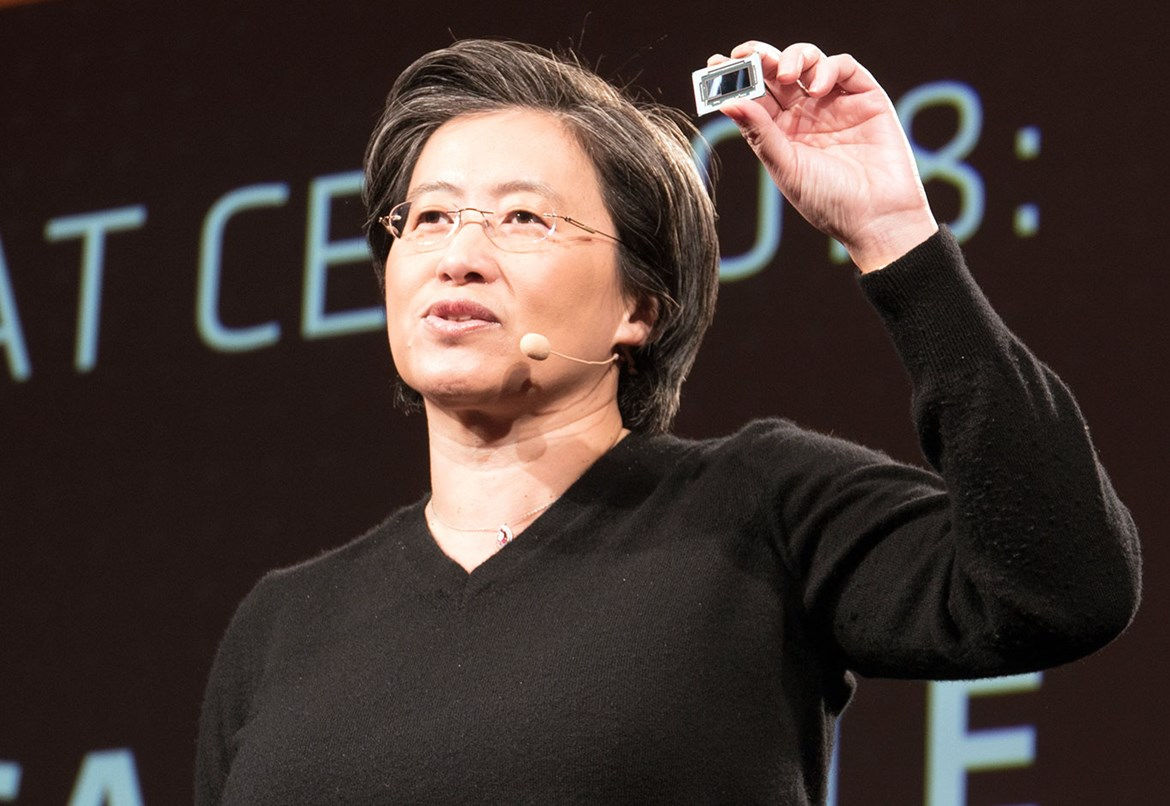 big_lisa-su-with-7nm-radeon