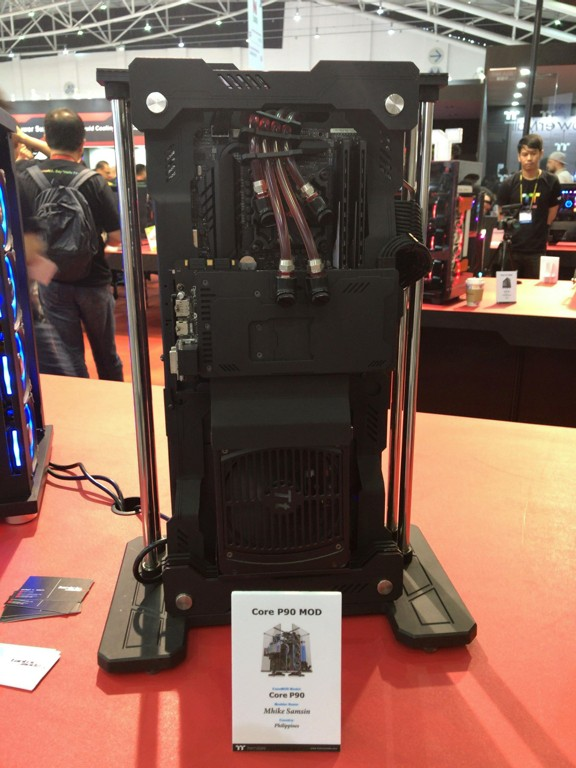 thermaltake_showcase_04