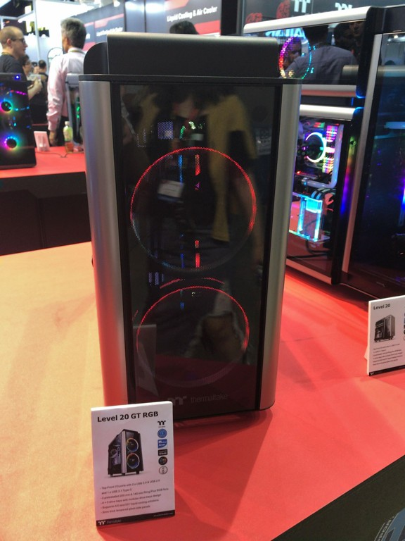 thermaltake_showcase_06