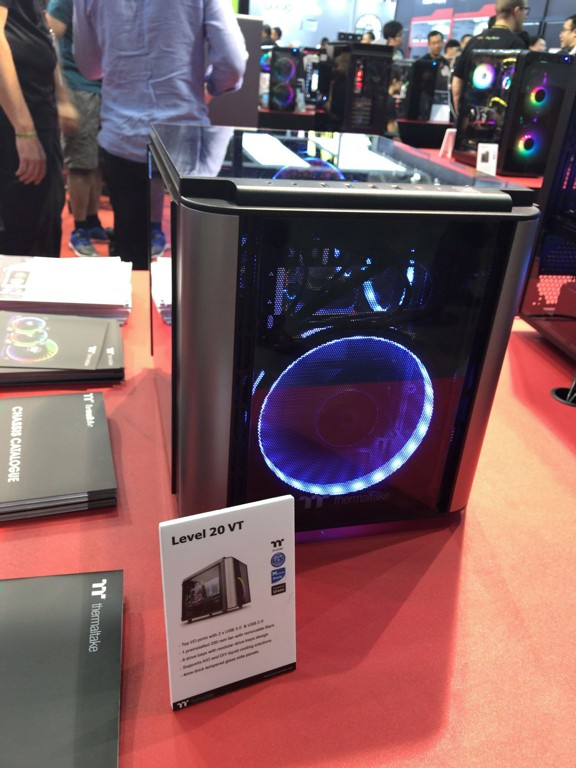 thermaltake_showcase_11