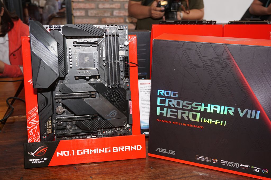asus-rog-crosshair-hero-wifi