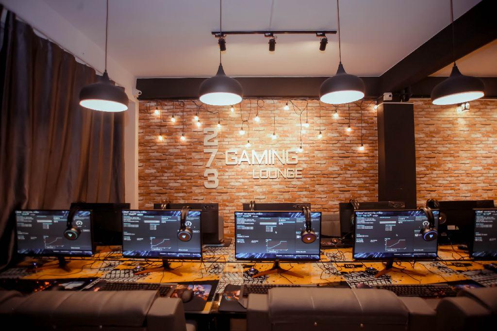 273-Gaming-Lounge-003