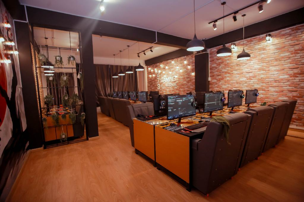 273-Gaming-Lounge-004