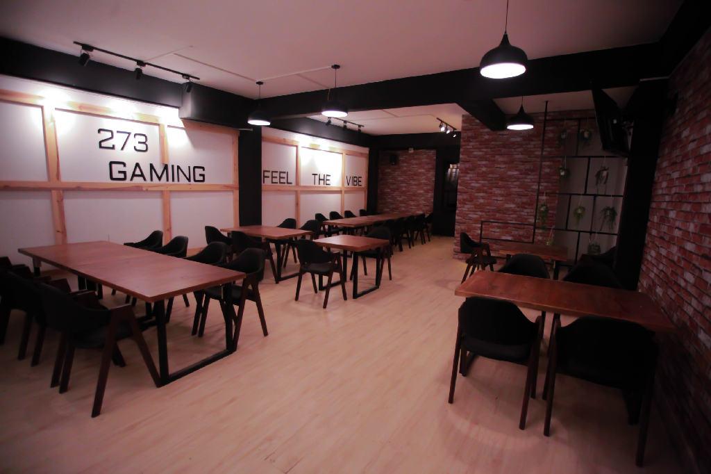 273-Gaming-Lounge-006