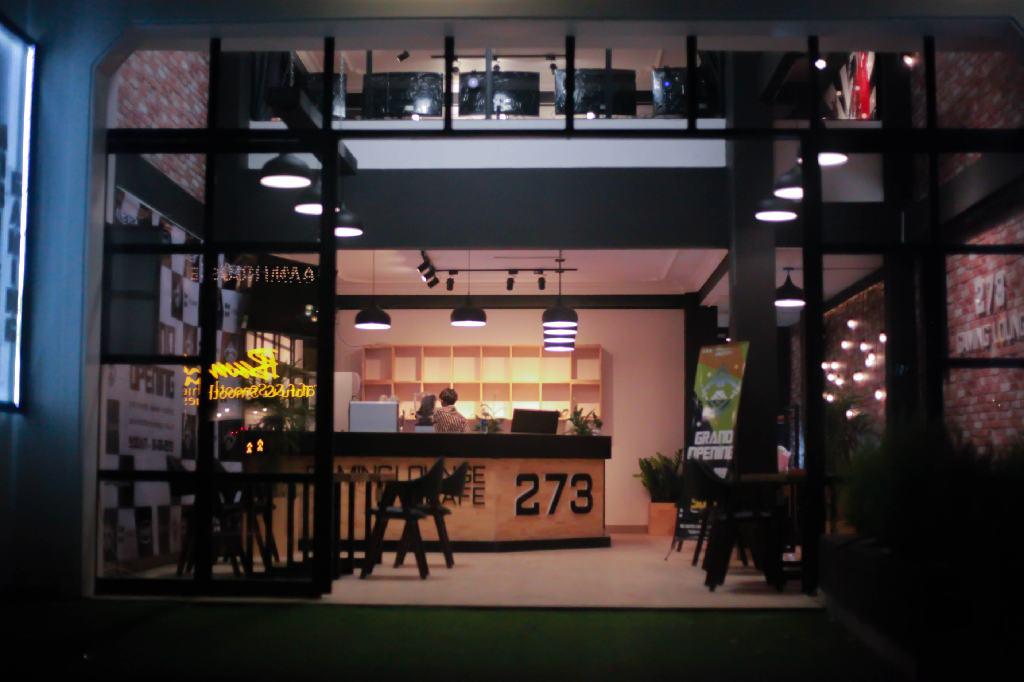 273-Gaming-Lounge-008