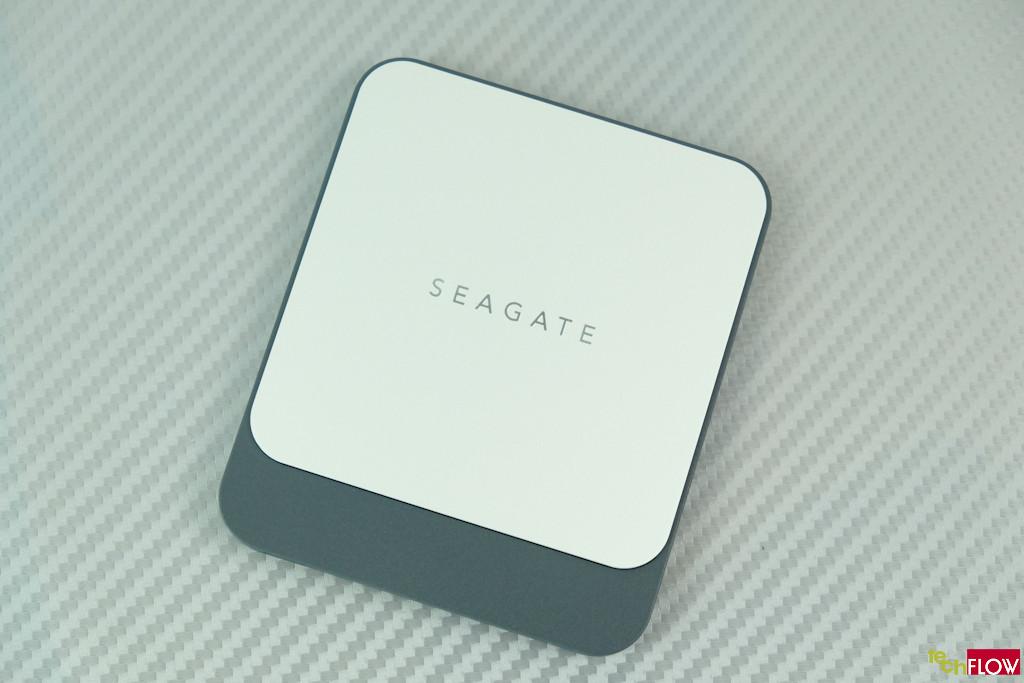 Seagate-Fast-SSD-250GB-010