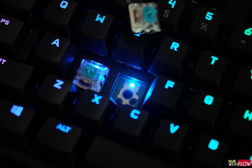 logitech-g-pro-x-keyboard-060