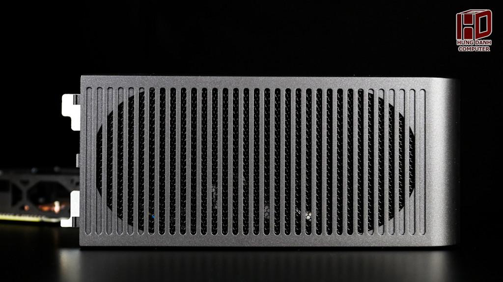 Intel NUC 9 Ghost Canyon Extreme Kit-005