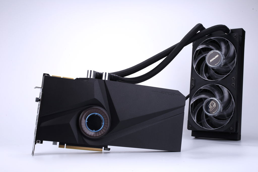 COLORFUL GeForce RTX 3090 Neptune 004